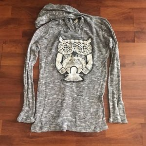 Heathered Gray and White Owl Stitched long sleeve